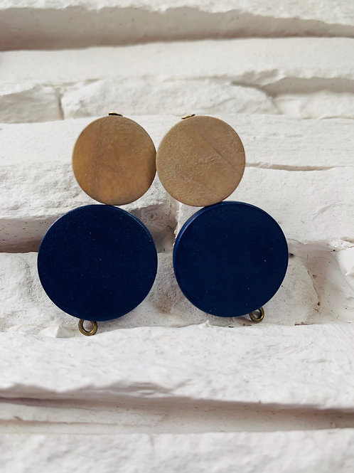 Navy/Sand Brown Wooden Studs