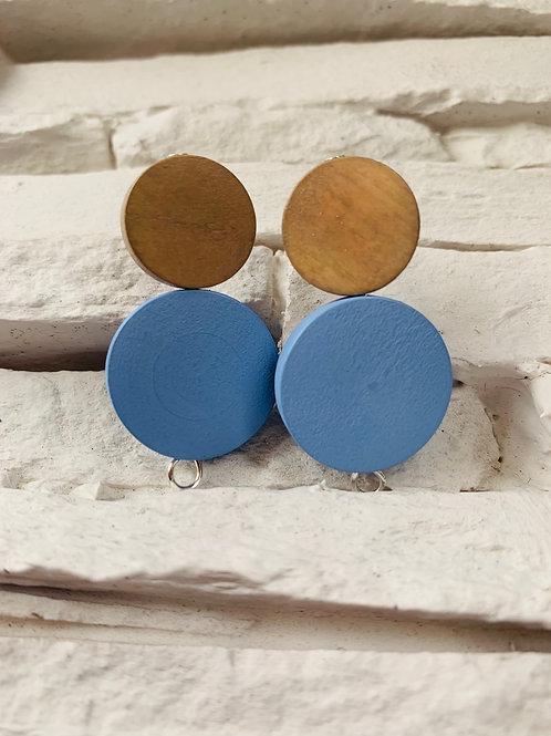 Light Blue/Sand Brown Wooden Studs