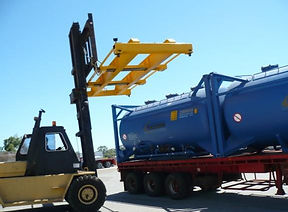 Container-handlers-fixed-length-spreader
