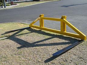 carriage mount spreader.JPG