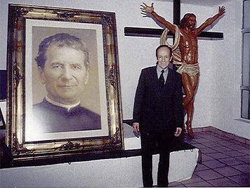 Padre-Chava.jpg