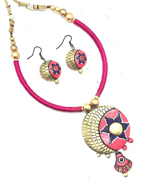 Pink Thread Terracotta Set
