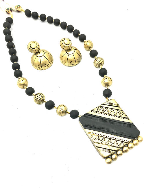 Black & Gold Terracotta Set