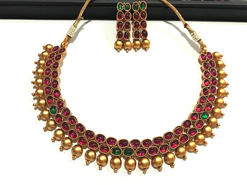 Multicolour Stone Choker with Ear Rings