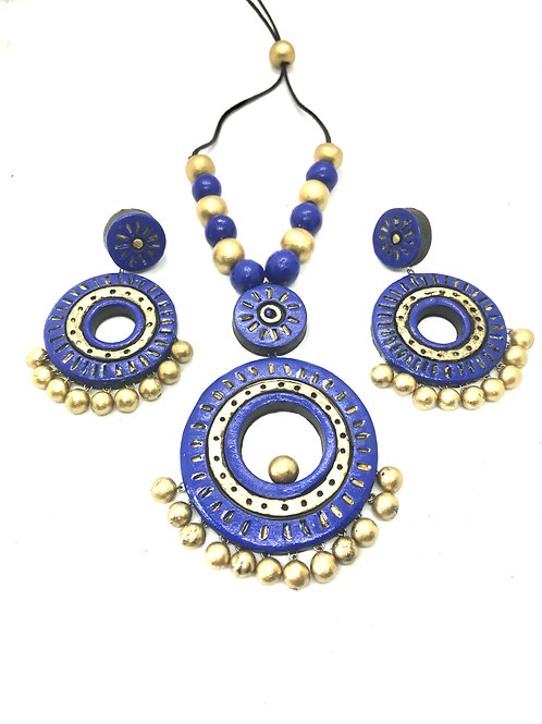 Blue Terracotta Set with Ear Rings