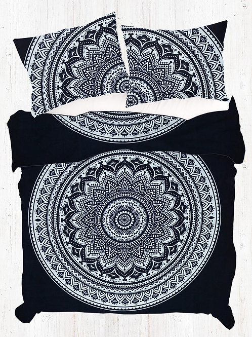 Black and White King Size Hippie Quilt Cover With Pillow Cases