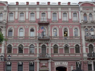 Russia expels 150 diplomats, including dozens of Americans