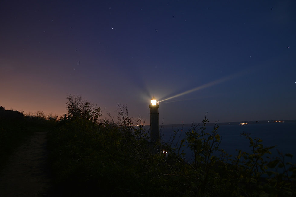 lighthouse-377821_1920.jpg
