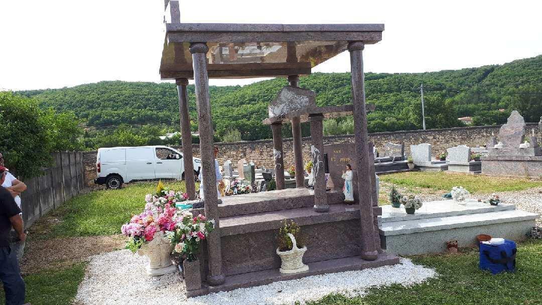 MONUMENT FUNERAIRE TREILLE ET FILS