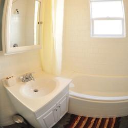 bath1_square