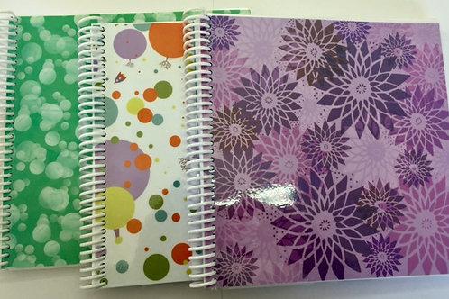 Cuaderno papel estampado.