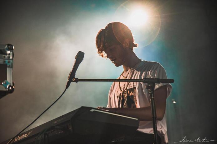 soundlive_promoter_music_indonesia_Greyson_Change_5.jpg