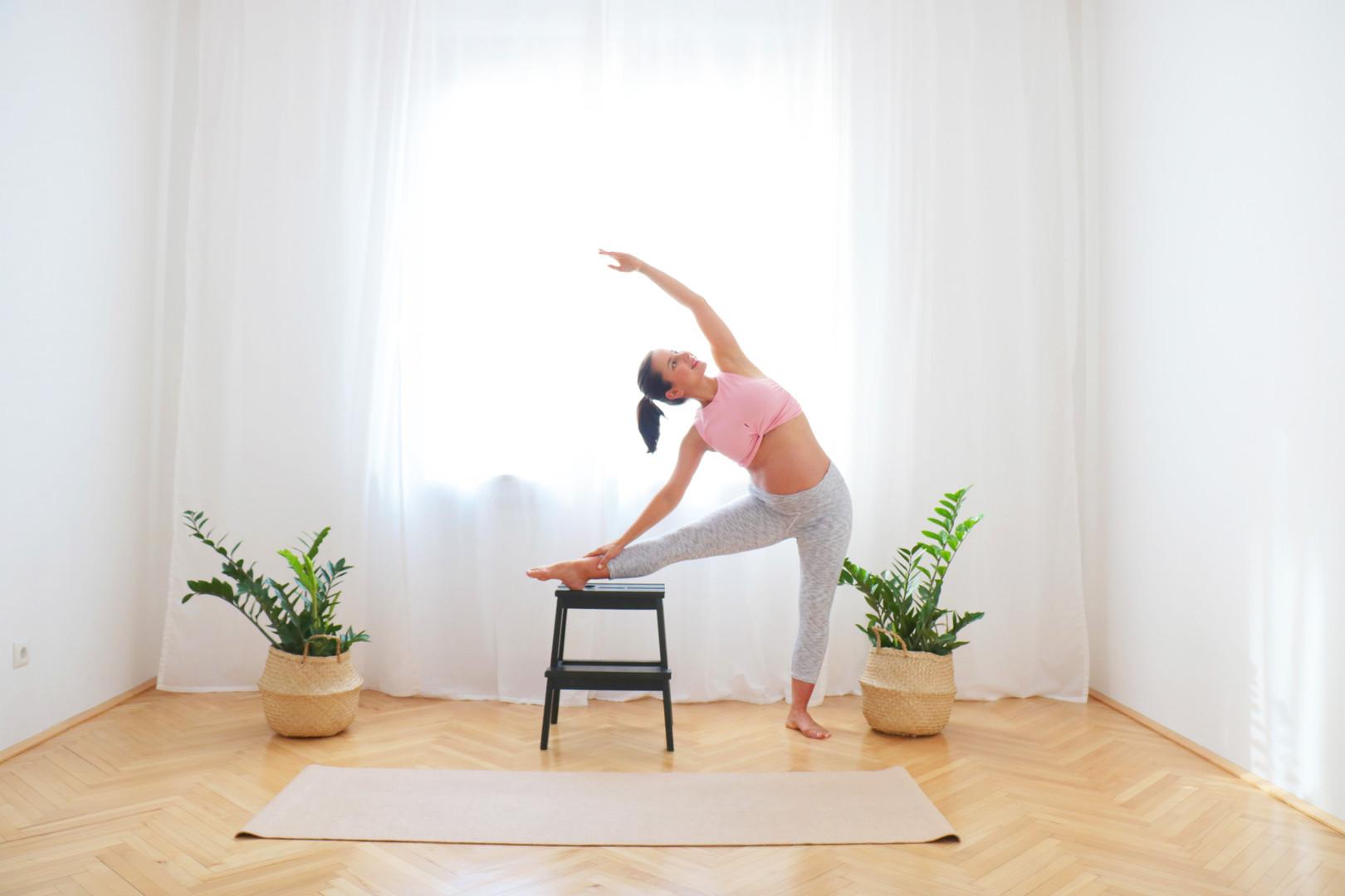 18 Min Yoga für 3. Trimester