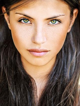 Vert Eyed Girl