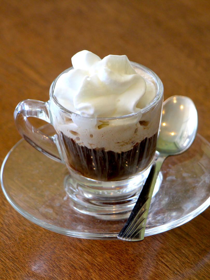 Espresso con panna