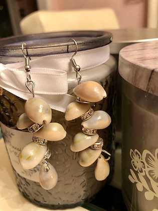 Shell earrings with clear stones