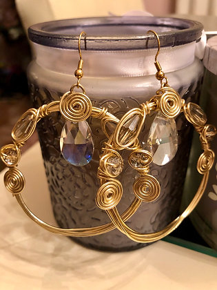 Wired earrings with Clear, tear drop stones