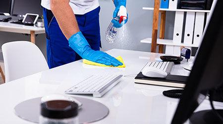 cleaning-desk-25245.jpg