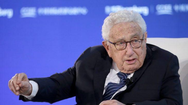 Henry Kissinger volá po Novém světovém řádu
