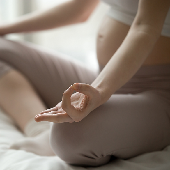 Meditierende Schwangere.png