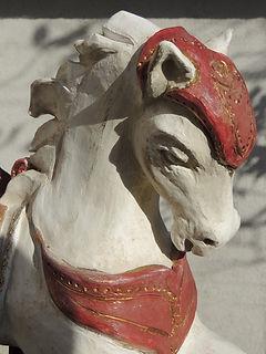 argile terre cheval manège carroussel