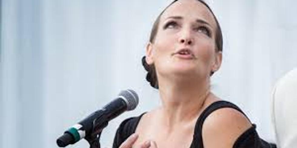 Pandora Topp Sings Piaf