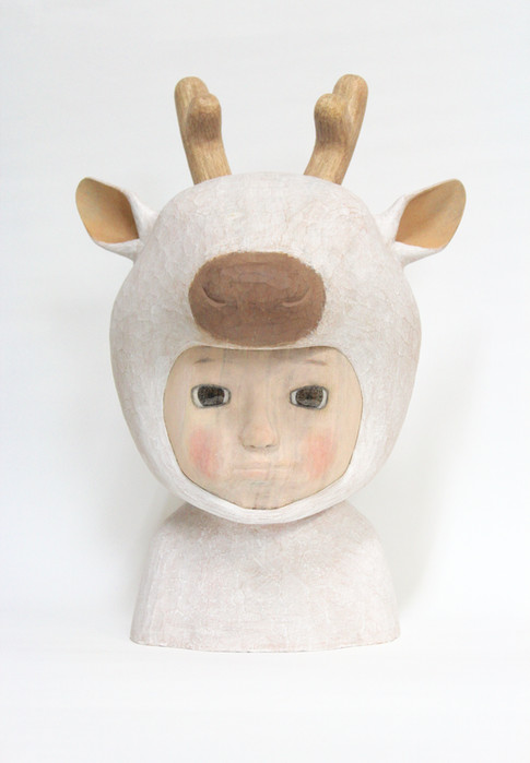 Reindeer 38×27×26cm Camphorwood  2019