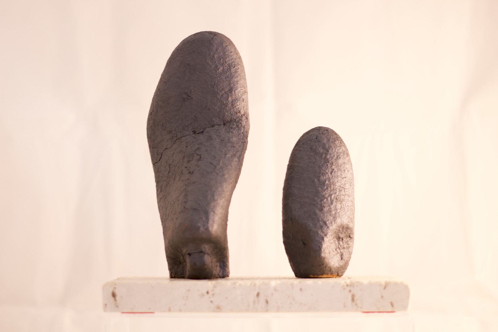 Sculpture – related forms, black 2020 by Peter Smith