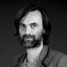 Simon Gill