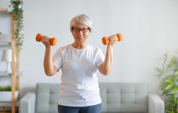 Quais exercícios contribuem para a saúde respiratória do paciente idoso?