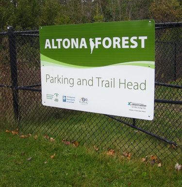 Trail Head at Altona Forest