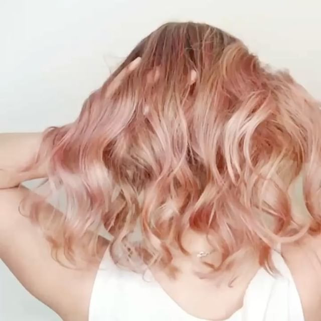 Peachy pink with _goldwellus colorance p