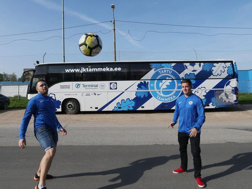 Lapsevanemad soetasid klubile bussi