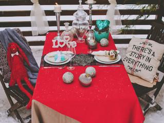 Декорируем стол для влюбленных