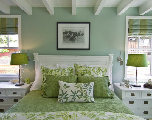 Beach-Bedroom-Styles-in-Soft-Green-Scheme.jpg