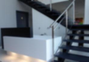 accueil-banque d'accueil-comptoir-salle d'attente-sur mesure-reception
