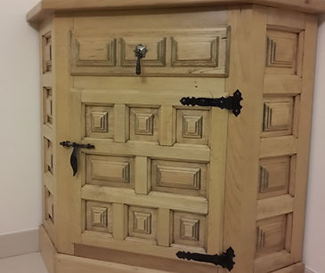 restauration-renovatin-vernis-meuble ancien-meuble de style-marquetterie-massif-ebenisterie