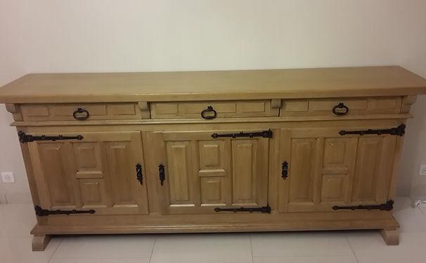 renovation-restoration-meuble ancien-meuble de style-bois massif-massif-vernis