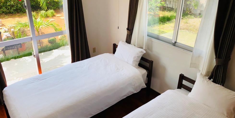 宮古島ゲストハウスシトラス 寝室2:シングル2台