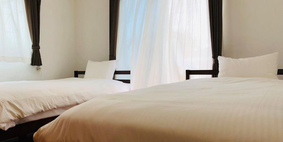 宮古島ゲストハウスシトラス 寝室1:セミダブル2台