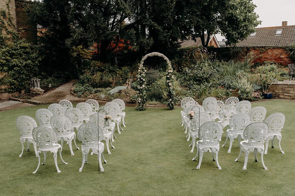 wedding ceremony for 30 people, home wedding ceremony, garden wedding ceremony, ceremony archway