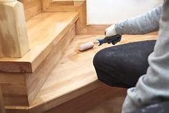 renowacja-schodow-drewnianych.jpg