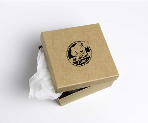 logo-mondialclop-mockup-carton.jpg