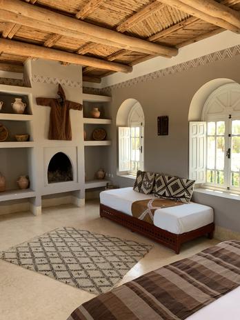 Mainhouse Minzeh room