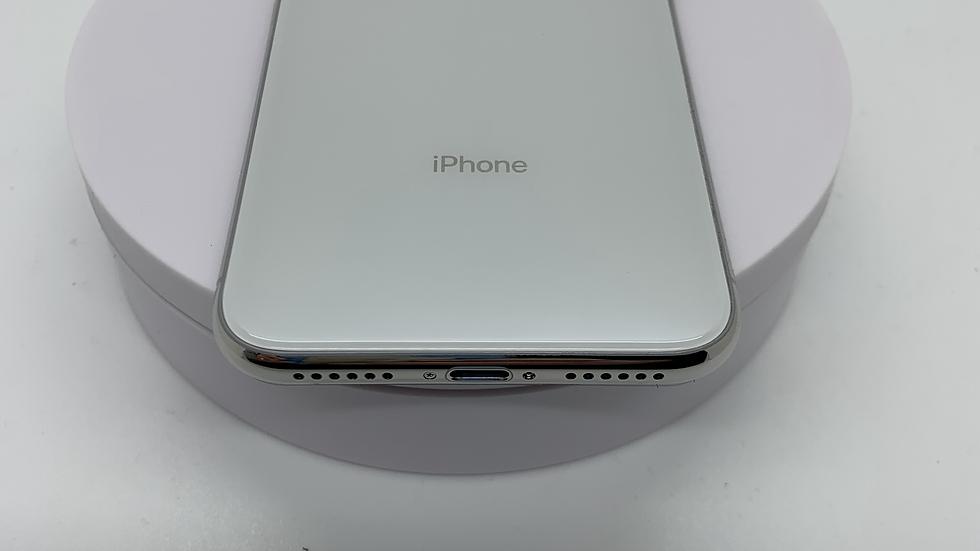 iPhone X 64GB White o2 A+ (17)