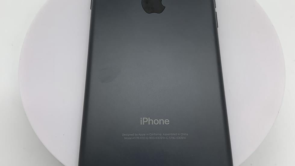 iPhone 7 32GB Black D o2 (21)