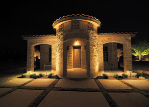 How to Accentuate Your Home's Architecture Utilizing Outdoor Lighting