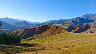 bigstock-Beautiful-Nature-Landscape-Vei-