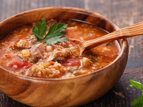 Χάρτσο (σούπα με καρύδια και κρέας)