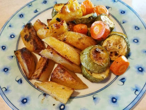 Κολοκύθια με πατάτες και καρότα